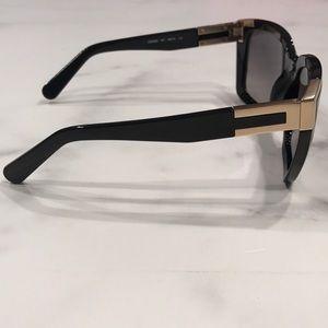 c43782c375f Chloe Accessories - BNWT Authentic Chloe Sunglasses With Case   Cloth